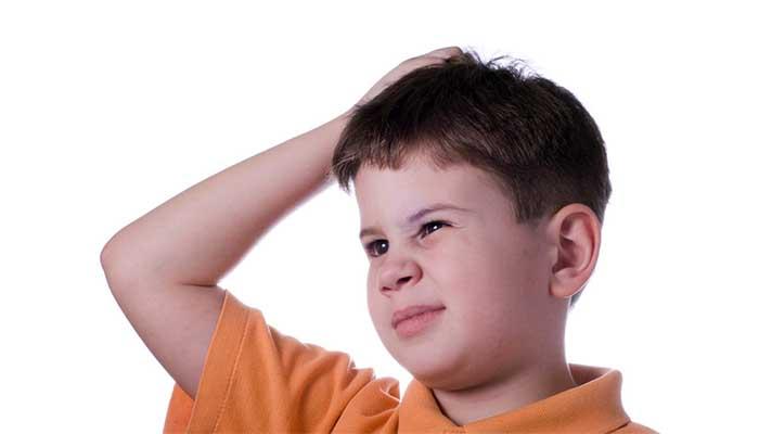 Чешется голова у ребенка, проверьте ее на наличие вшей